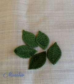 5 Velvet leaves(5 x 3 cm)