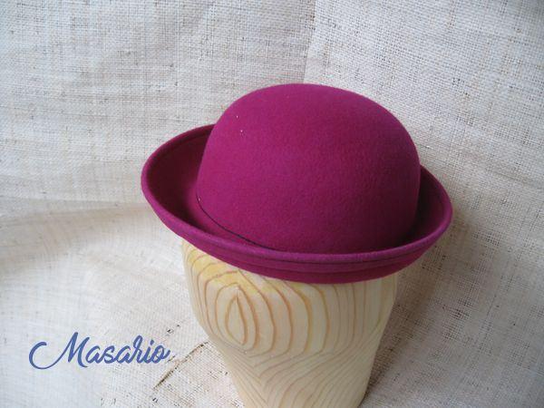 Felt schoolgirl hat