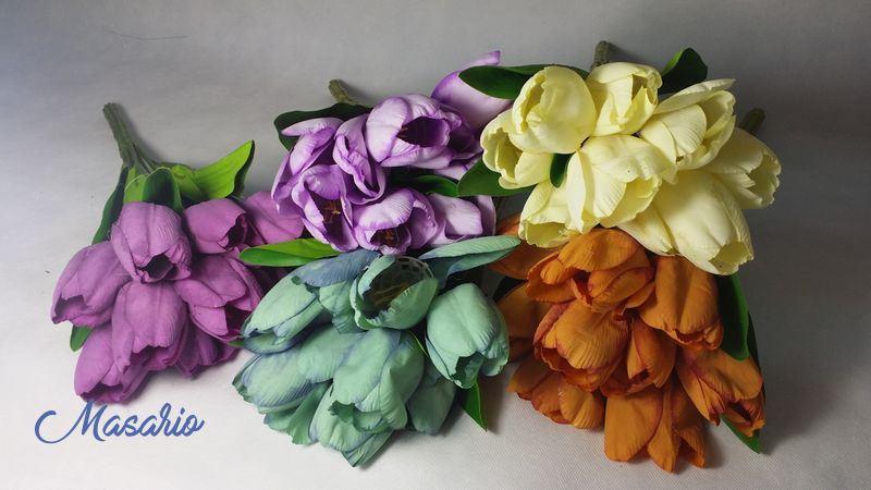 Bunch 9 tulips