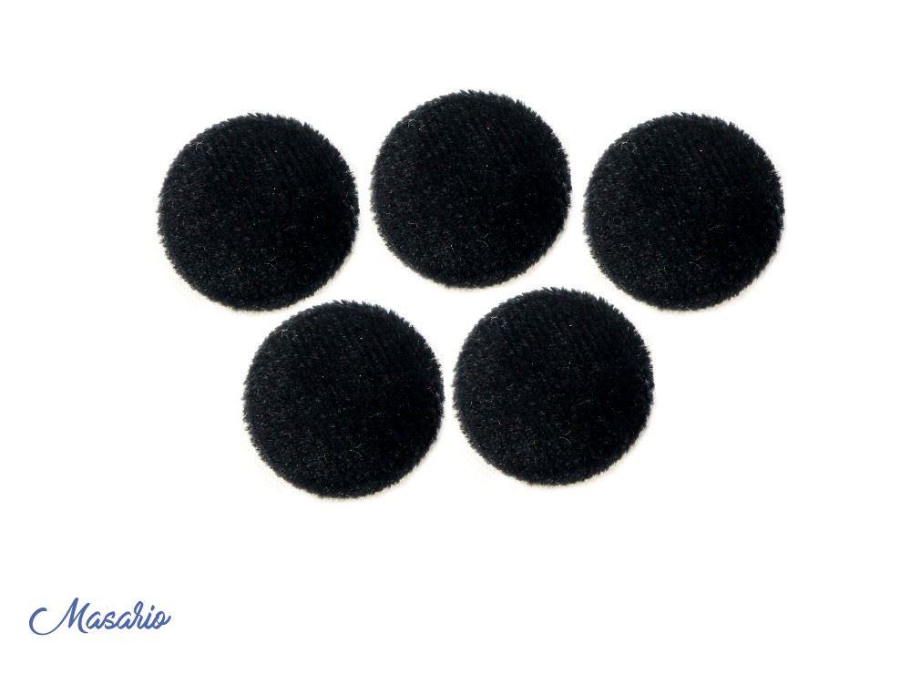 Velvet button