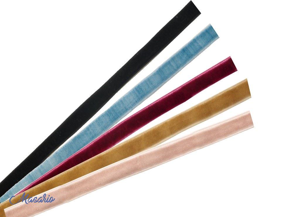 Velvet ribbon 1 cm. approx.