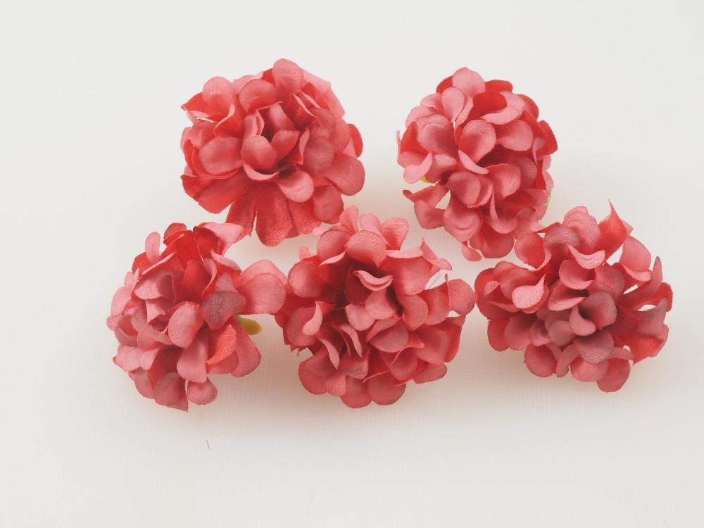 Cabezas de flor para tocados